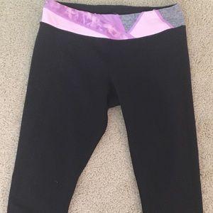 Ivivva Bottoms - Ivivva, capri leggings.